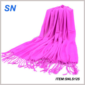 2015 Newest Design Yiwu Futian Market Yiwu Scarf pictures & photos