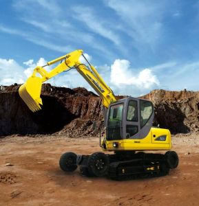 Good Price New Design Small Amphibious Excavator for Sale pictures & photos