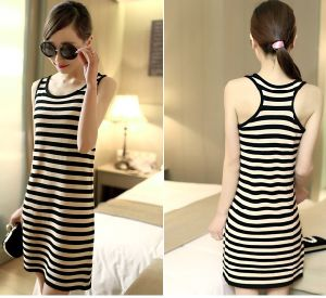Fashion Custom Knitting Apparel Women Tank Top Skirt pictures & photos