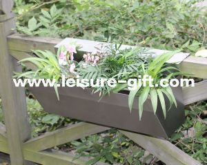 Fo-9041 Stainless Steel Rail Flower Planter Box pictures & photos