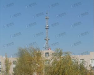 Professional Roof Top Steel Telecommunication Tower pictures & photos