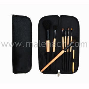 Portable 8PCS Makeup Brush Cosmetic Brush with Bamboo Handle pictures & photos