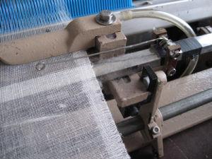 Upward Brand Uta708 Medical Bandage Making Machine pictures & photos