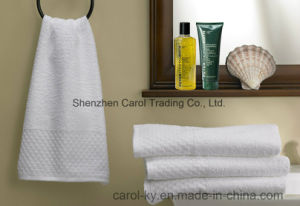 100% Cotton Dobby Border Hotel Towel pictures & photos