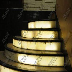 Artificial Translucent Quartz Lighting Stairs pictures & photos