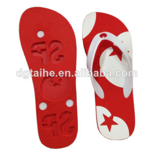 Flip Flops with Die-Cut Logo on The Sole Bottom pictures & photos