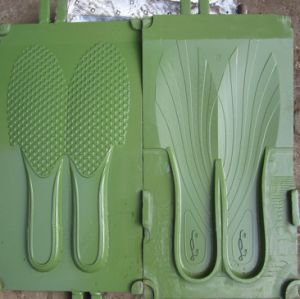 PVC/TPU/TPR/Tr/PU/EVA Shoes /Soles/ Slipper Mold pictures & photos