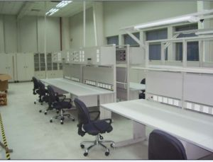 Good Selling with High Quality of ESD Workbench pictures & photos