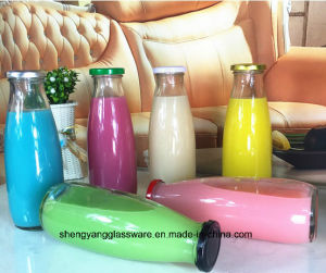 Glass Juice Bottle /Milk Bottle with Screw Lid pictures & photos