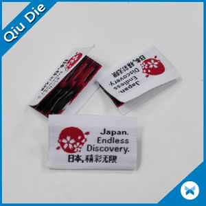 Delicate Bright High Density Yarn Midfoled Fabric Woven Label for Women′s Apparel pictures & photos