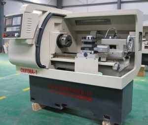 CNC Economic Metal CNC Lathe pictures & photos