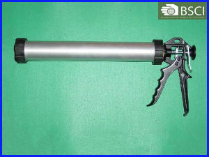 Smooth Rod Cartridge Type Caulking Gun (PT-CG-168) pictures & photos