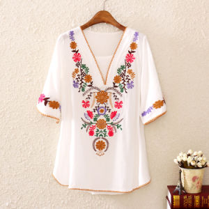OEM Latest Short Sleeve Summer Embroide Women Blouse pictures & photos