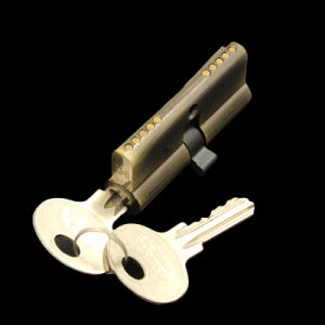 Double Open 70mm Normal Key Cylinder Lock pictures & photos