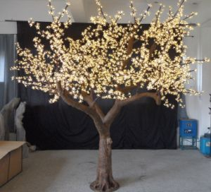 Yaye Best Sell 2 Years Warranty Waterproof IP65 LED Tree Light/LED Simulation Cherry Tree with Ce & RoHS pictures & photos