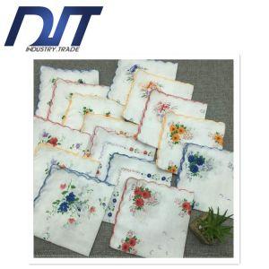Hot Sale Classic Retro Crescent Edge Lady′s Cotton Handkerchief