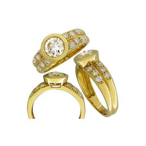 Cheap Silver Ring in China with CZ Stone Plating Gold pictures & photos