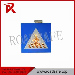 Road Safety LED Solar Aluminum Traffic Sign pictures & photos