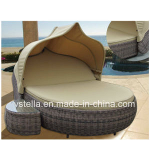 Outdoor Patio Garden Sun Lounger Canopy Wicker Rattan Day Bed pictures & photos