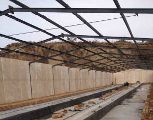 Quick Assemble Easy Loading Complete Controlled Poultry Shed Farm Chicken House pictures & photos
