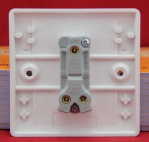 Door Bell Switch /One Gang Switch/European Wall Switch pictures & photos