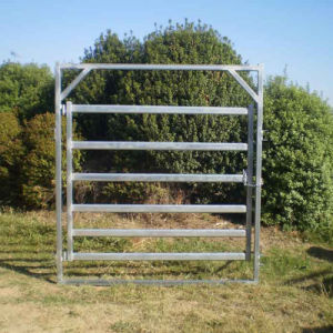 China Supplier Australian Standard 2.1mx1.8m Oval Cattle Panel pictures & photos
