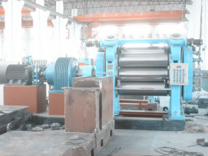 Four Rolls Rubber Calender/ Rubber Calender / Rubber Machine pictures & photos