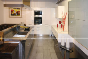 Newest Kitchen Furniture High Quality Aluminium Kitchen Cabinets pictures & photos