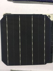 Top Quality 5 Inch Mono Solar Cell with Lowest Price pictures & photos