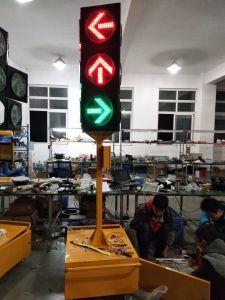 IP65 Customized Amber & Red Solar Traffic LED Flashing Warning Light pictures & photos
