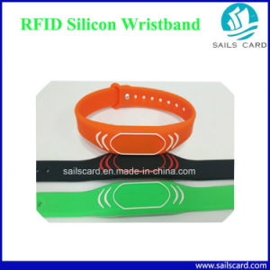 Hot Sell Personalized Tyvek Wristband for Exhibitions pictures & photos