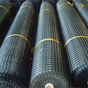 Bitumen Coated Fiberglass Geogrid for Reinforcing Asphalt Pavement pictures & photos