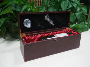 Wooden Red Wine Gift Packaging Storage Box with Tools pictures & photos