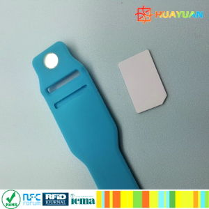 Wearable Inserted Smart Tag NFC NTAG213 Payment Silicone RFID Wristband pictures & photos