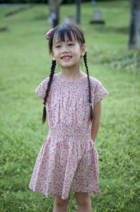 Cotton Fashion Flower Girl Dress for Party Holiday Online pictures & photos