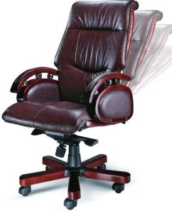 Genuine Leather Solid Oak Wooden Executive Boss Chair (HX-A8925) pictures & photos
