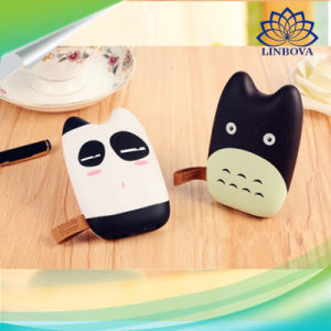 7800mAh OEM ODM Dual USB LED Totoro Power Bank pictures & photos
