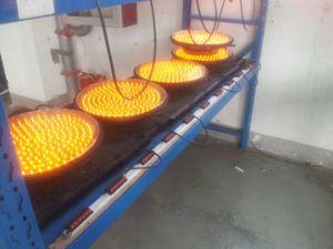 High Intensity Solar Powered Traffic Flashing Lamp / LED Yellow Flashing Warning Light pictures & photos