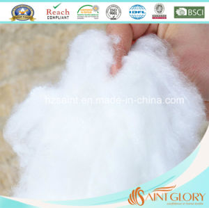Hot Sale Polyester Hollow Fiber Comforter /Synthetic Quilt pictures & photos