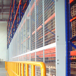 Mesh Wire Fencing for Shelving Back Cladding pictures & photos