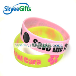 2017 China Manufacturer of Silicone Bracelet pictures & photos