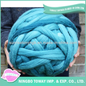 DIY Blanket Knitting Super Chunky Merino Wool Yarn pictures & photos