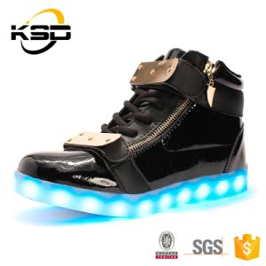 Special Design Metal Plate USB Cable Charge LED Light up Shoes for Sport Shoe Men pictures & photos