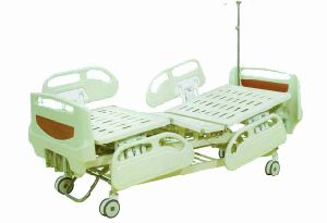 3 Cranks Mechanical Hospital Bed (A-2) pictures & photos