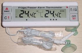 Digital Fridge/Freezer Alarm Thermometer Amt-113 pictures & photos