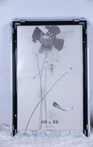 Picture Frame/Photo Frame/Frame/Wooden Grain Frame/Plastic Snap Photo Frame (ALK3.8) pictures & photos