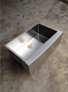 Handmade Apron Front Kitchen Sink Made of Stainless Steel with Round Corner