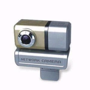 Webcam with Automatic Color Compensated and Manual Focus