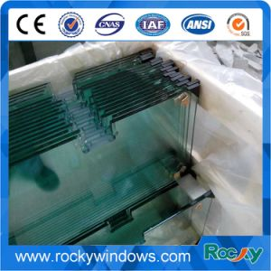 6mm/8mm/10mm/12mm Tempered /Toughened Glass with Grooves/Notche/Holes/Hinges pictures & photos