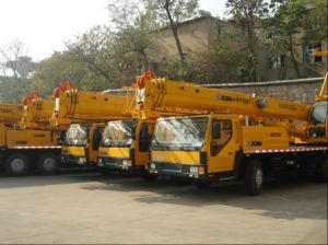 Hot Sale Mobile 20 Ton Crane for Sales (QY20B. 5) pictures & photos